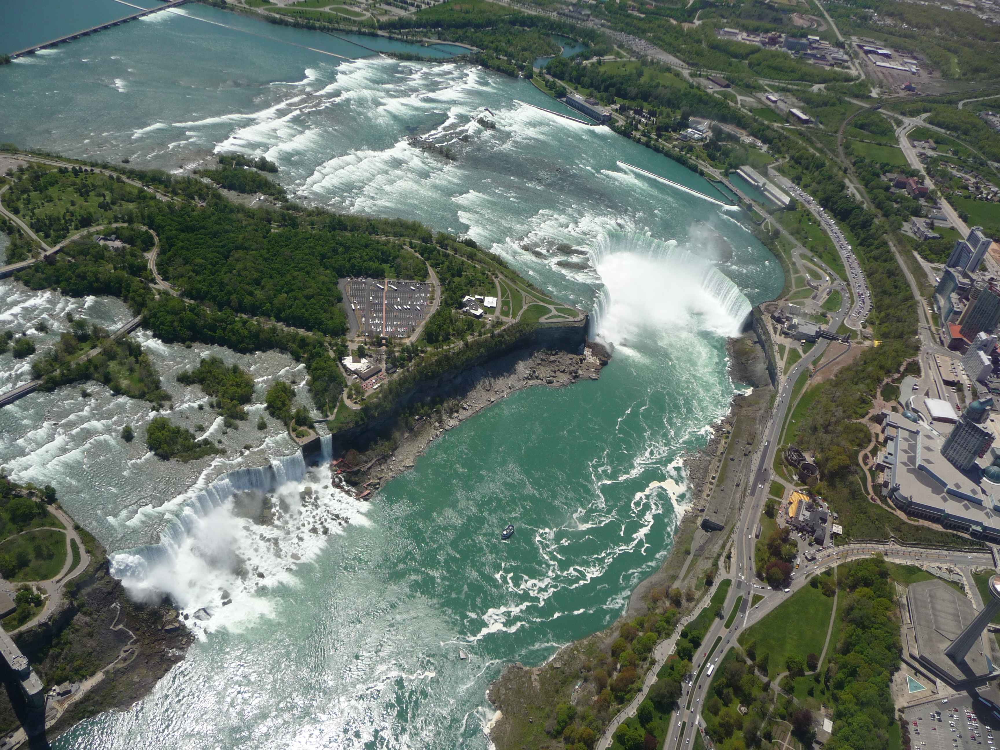 niagara falls1.JPG