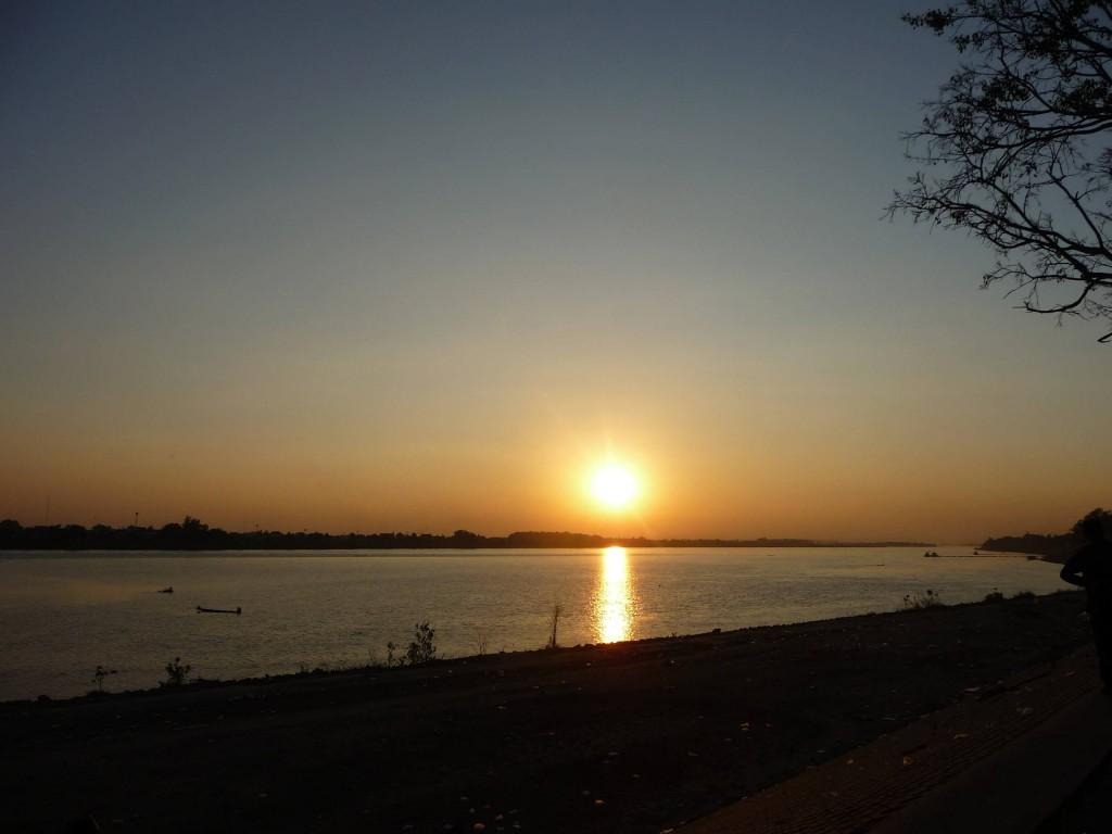 Mekong Sunset in Vientiane