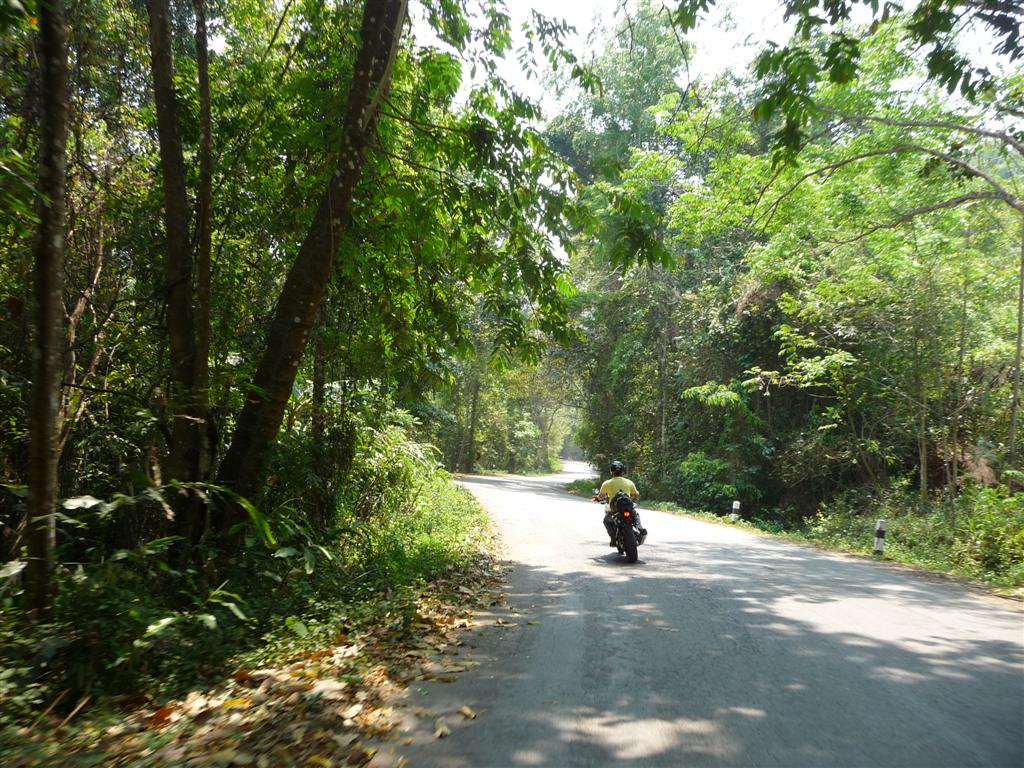Roads on the Mae Hong Son Loop